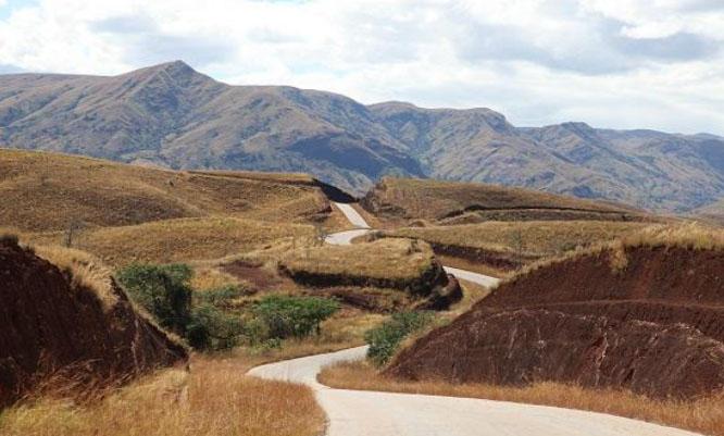 bealanana road